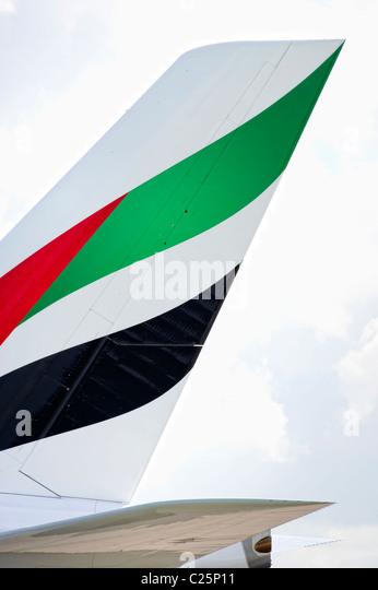 emirates tail logo - photo #25