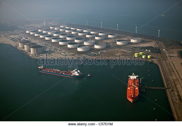 The Netherlands,  Rotterdam, Port. Oil storage by sea. Aerial. - Stock-Bilder
