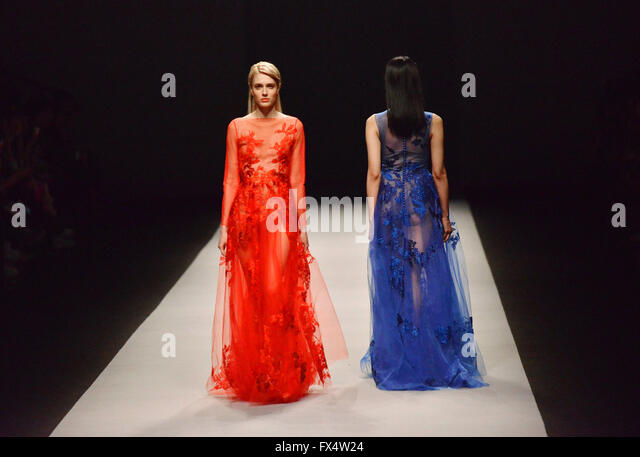 """Shanghai, China. 11th Apr, 2016. Models present fashion creations of """"We Couture 2016 Autumn/Winter Collection - Stock Image"""