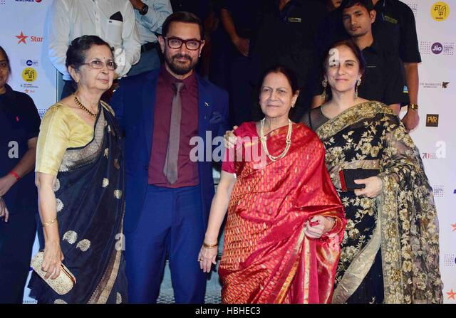 Bollywood actor Aamir Khan Zeenat Hussain Nikhat Khan during opening ceremony Jio MAMI Film Festival Royal Opera - Stock-Bilder