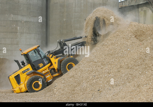 Wood Chip made from recycled timber - Stock Image