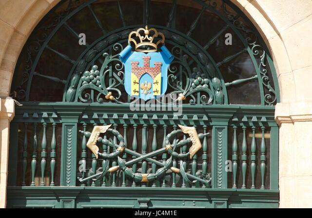 Coat of arms on the door of theThe National Bank of Poland, Ulica Basztowa, Krakow, Lesser Poland, Poland, Europe - Stock-Bilder