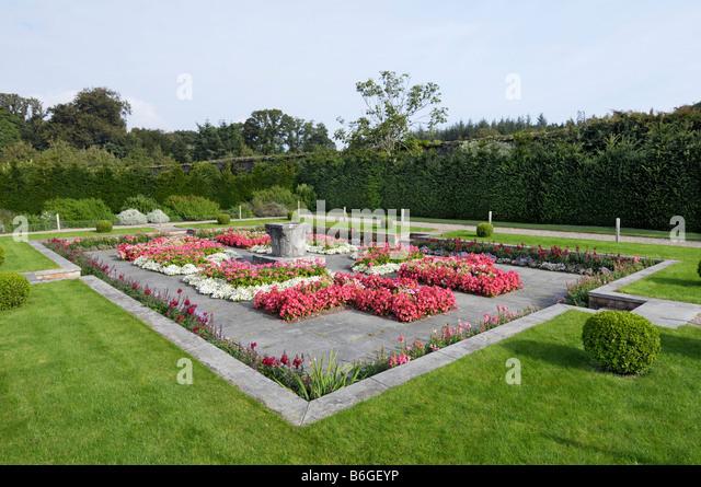 Walled Italian garden Fota gardens arboretum - Stock-Bilder
