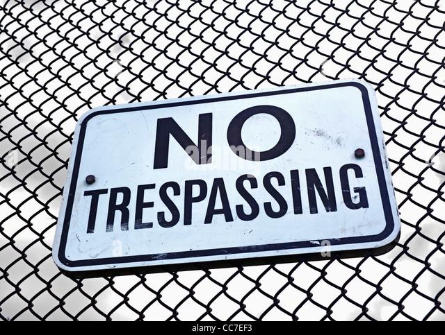 no trespassing sign - Stock Image
