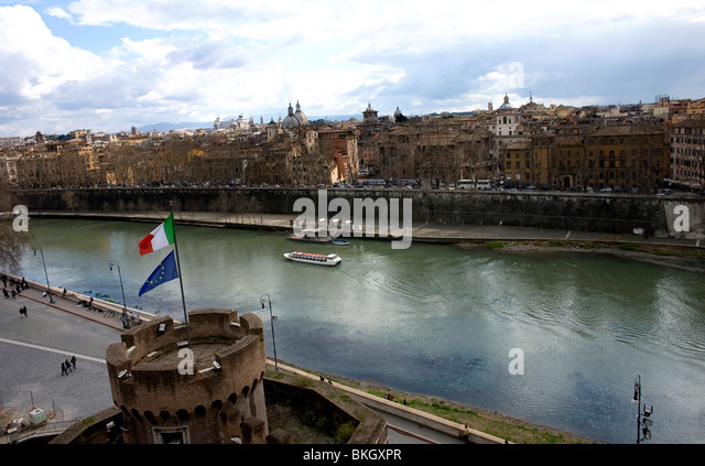 Tiber River seen from the terrace of the Mausoleum of Hadrian in Rome, March 9, 2008. Photo/Chico Sanchez - Stock Image