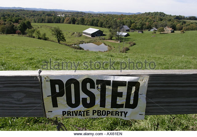 West Virginia Nicholas County Mt. Nebo sign Posted Private Property farmland farm rural - Stock Image