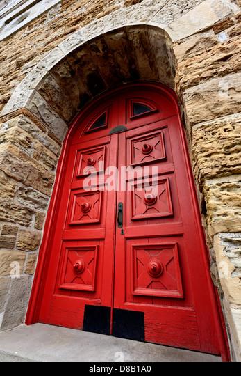 Red Doors Stone : Stonemasons building stone stock photos