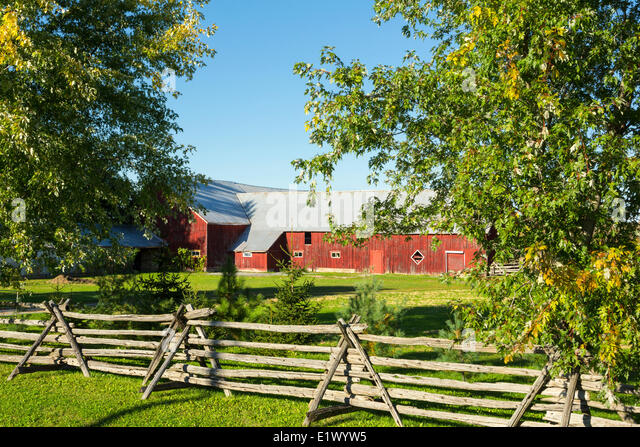 Pole barn stock photos pole barn stock images alamy for Pole barns ontario
