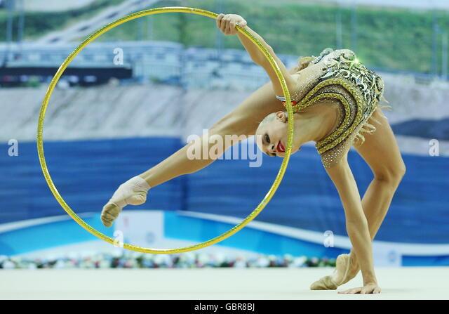 Kazan, Russia. 8th July, 2016. Russian rhythmic gymnast Yana Kudryavtseva performs her hoop routine during the Individual - Stock Image