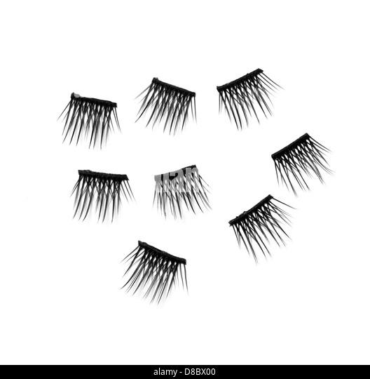 how to cut false eyelashes