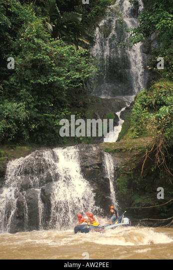 costa rica whitewater rafting pacuare river waterfall - Stock Image