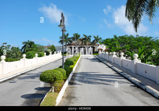 Main Drive Entrance to Dreams Punta Cana in the Domiinican Republic. The resort is one of several properties in - Stock Image