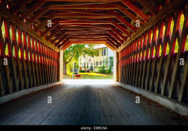 View Through a Covered Bridge, Henry Bridge, Bennington, Vermont - Stock-Bilder