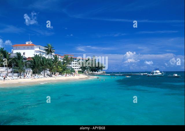 Jamaica Ocho Rios Couples Resort bright blue sky - Stock Image