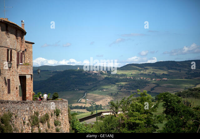 A view of Pienza, Italy and the Tuscan hills. - Stock Image
