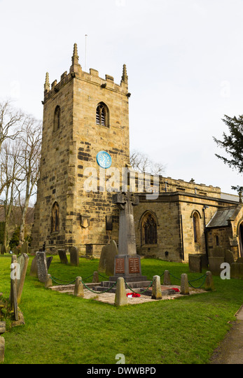 Saint Lawrence Parish Church, plague village of Eyam, Peak District, Derbyshire - Stock Image