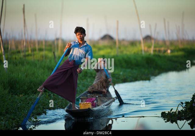 traditional rowing on the Lake, Inle Lake, Myanmar (Burma) - Stock Image