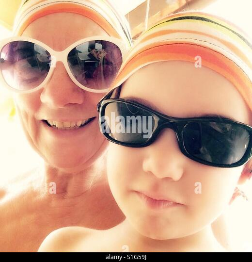 Grandmother and granddaughter - Stock-Bilder