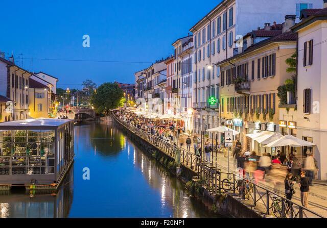 Italy, Lombardy, Milan, Navigli, Naviglio Grande canal and path alzaia Naviglio Pavese - Stock Image