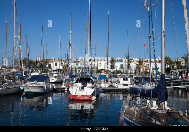 Mogan stock photos mogan stock images alamy - Marina apartments puerto de mogan ...