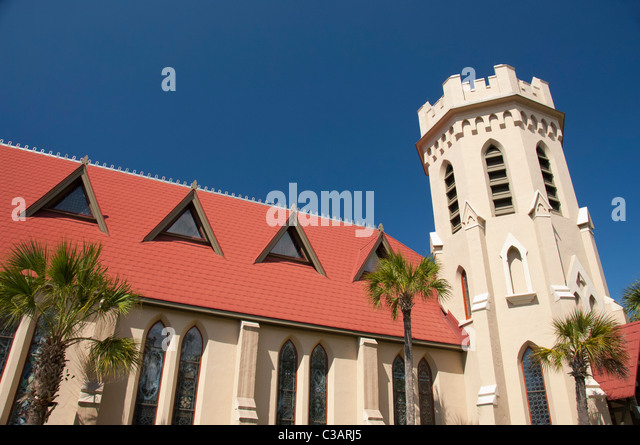 Florida, Amelia Island, Fernandina Beach. Historic downtown, St. Peter's Episcopal Church, c. 1884. - Stock Image