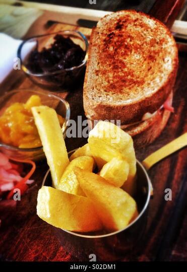 Plough mans lunch, British pub food - Stock Image