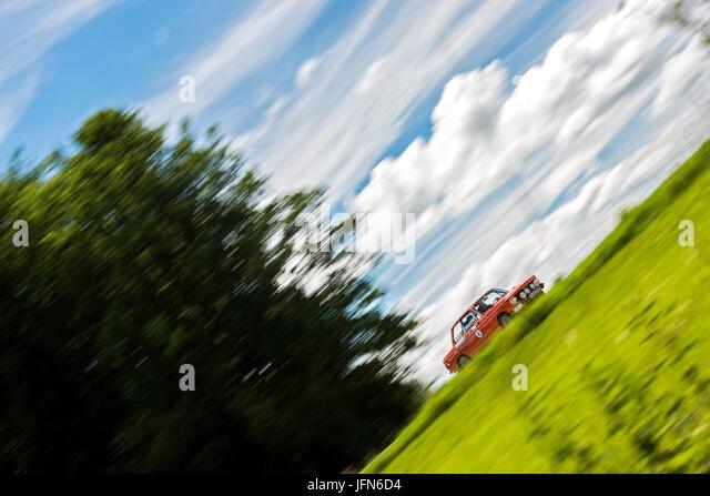 Bmw 2002 Tii Race Car >> Bmw 2002 Tii Stock Photos & Bmw 2002 Tii Stock Images - Alamy
