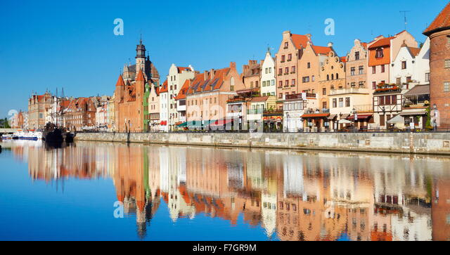Gdansk Old Town, crane gate on the banks of the River Motlawa, Pomerania, Poland - Stock Image