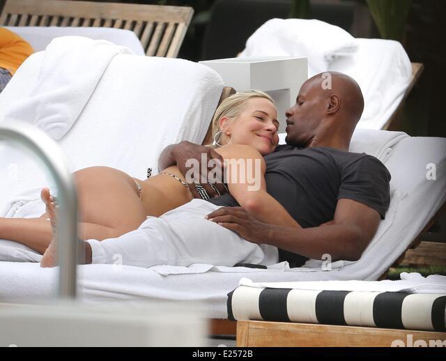 Ivory Girlfriend Actress Brittany Daniel Stock Photos & Ivory Girlfriend Actress ...  Ivory Girlfrien...