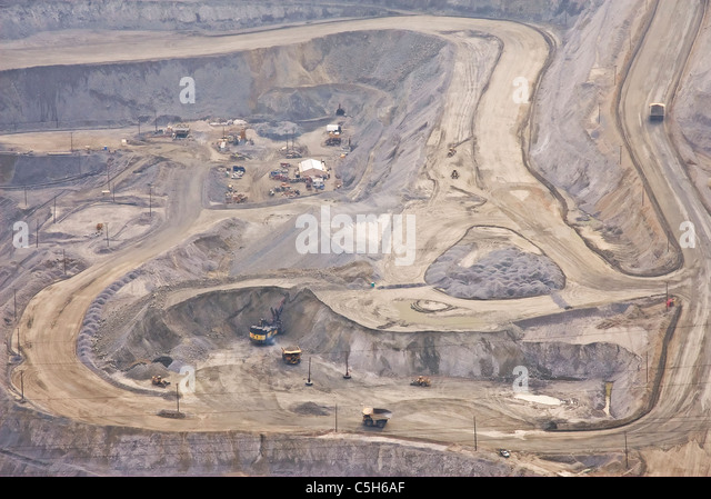 bingham canyon muslim personals Associated deposits: cu-au-mo porphyry (bingham) cu-au skarn (carr fork) pb-zn-ag replacement and vein sediment-hosted au: geologic map unit-112132777777778, 405947222222222.