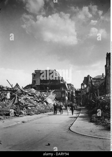 events, post war era, destroyed cities, Cologne, Hohestrasse, 1946, ruins, Northrhine-Westphalia, British zone of - Stock Image