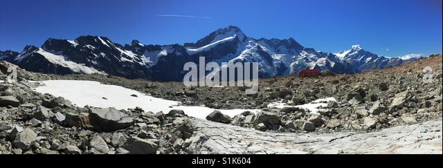 Panorama of Mt Cook and Mueller Hut - Stock Image