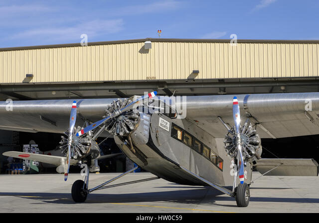 Ford trimotor stock photos ford trimotor stock images for Ford palm springs motors