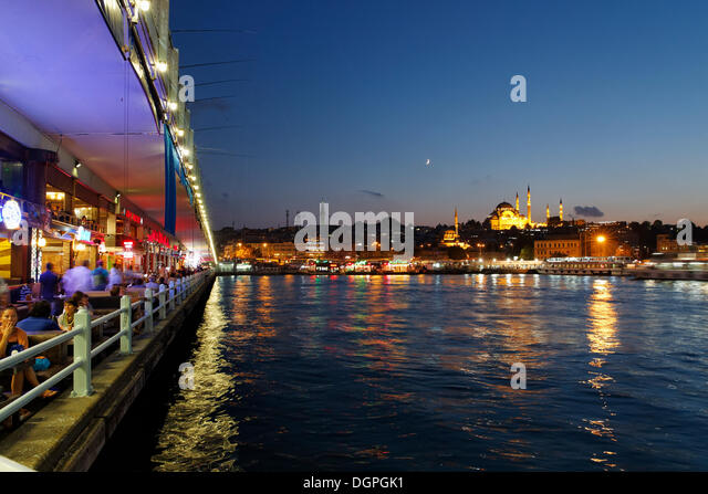 Galata Bridge, Golden Horn, the Sueleymaniye Mosque and the Rustem Pasha Mosque at the back, Istanbul, european - Stock Image