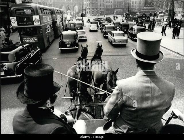 May 05, 1967 - Illustrated London News Celebrates 125th Anniversary. The world's oldest illustrated weekly news - Stock Image