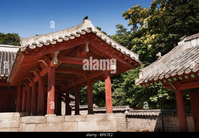 The Hall of Everlasting Peace in Jongmyo Royal Ancestral Shrine in Seoul - Stock Image