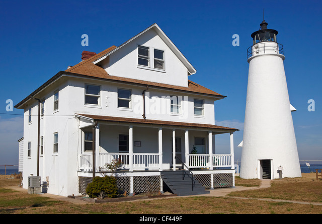 The Cove Point Light and the keepers' residence, Cove Point, Maryland. - Stock Image