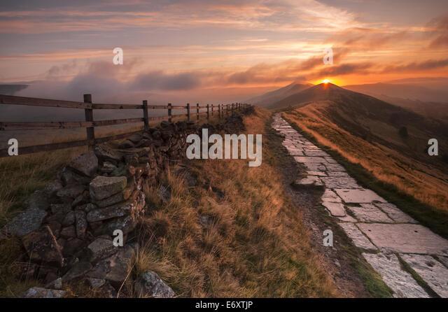 Sunrise above Losehill Edale Derbyshire - Stock Image