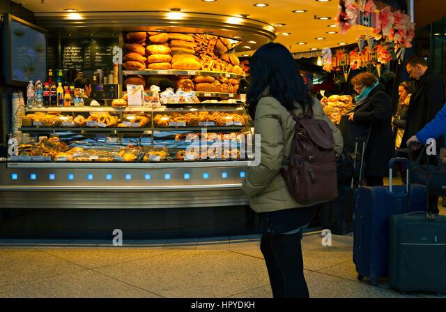 german bakery shop stock photos german bakery shop stock images alamy. Black Bedroom Furniture Sets. Home Design Ideas