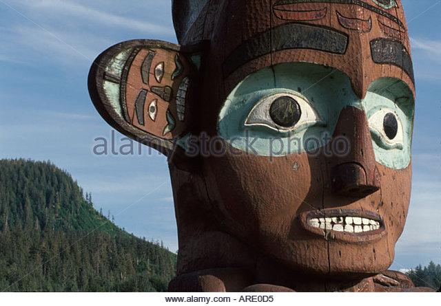 Alaska Wrangell Tligit Chief Shake's Sun Totem Mt. Baldy beyond - Stock Image