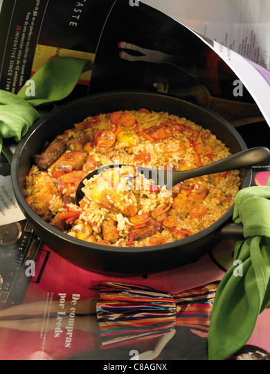 Poor man's rice with carrots,sausage and chicken - Stock Image