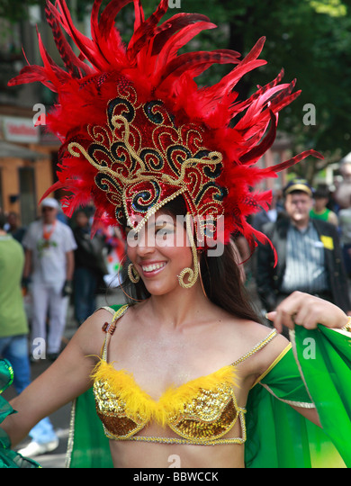 Germany Berlin Carnival of Cultures brazilian woman in costume - Stock-Bilder
