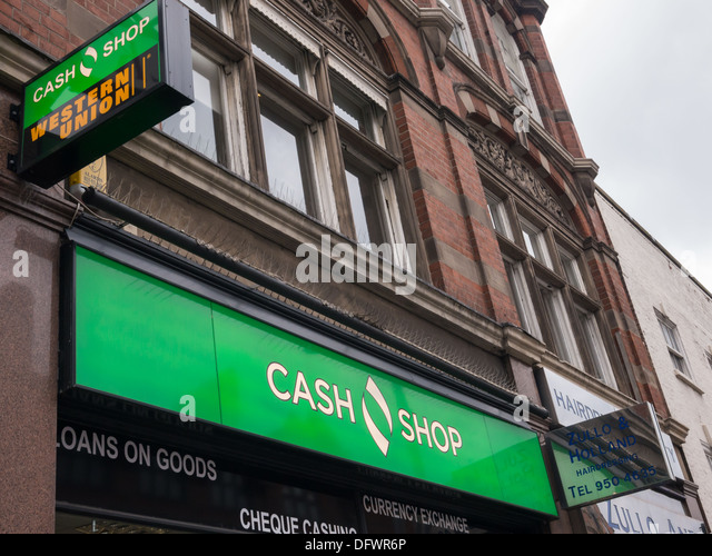 The Cash Shop payday loan, and cheque cashing shop in Nottingham, United Kingdom, UK. - Stock Image