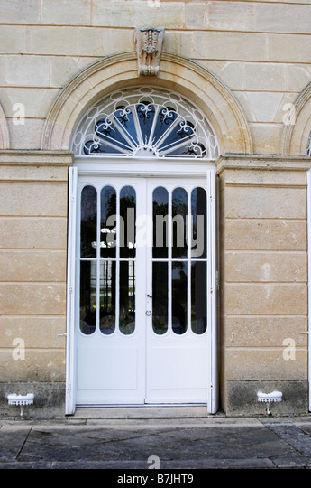 door chateau belgrave haut medoc bordeaux france - Stock Image