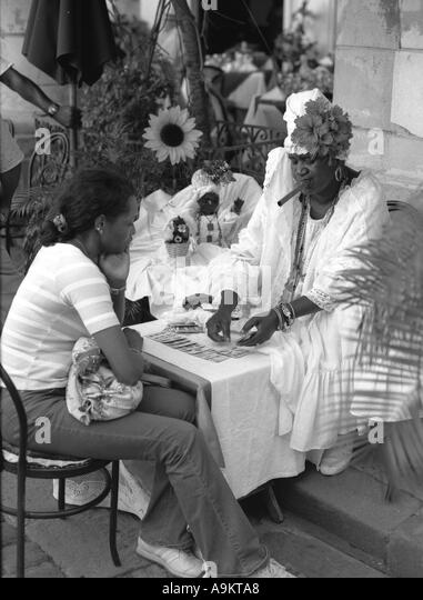 Cuban tarot card reader - Stock Image