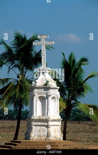 Indien, Goa, District Mormugoa, Wegkreuz - Stock-Bilder