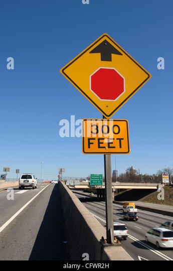 unusual HOV exit ramp in Atlanta that critics and NTSB officials say is confusing and may have contributed to driver - Stock Image