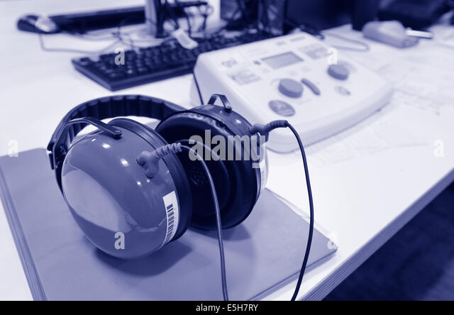 Audiometer Hearing Test Stock Photos Amp Audiometer Hearing