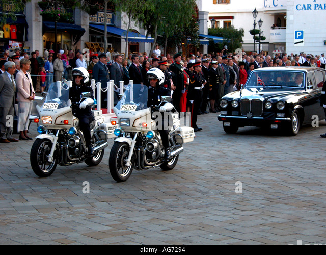 Arrival of the Governor s car The Ceremony Of The Keys Gibraltar - Stock Image