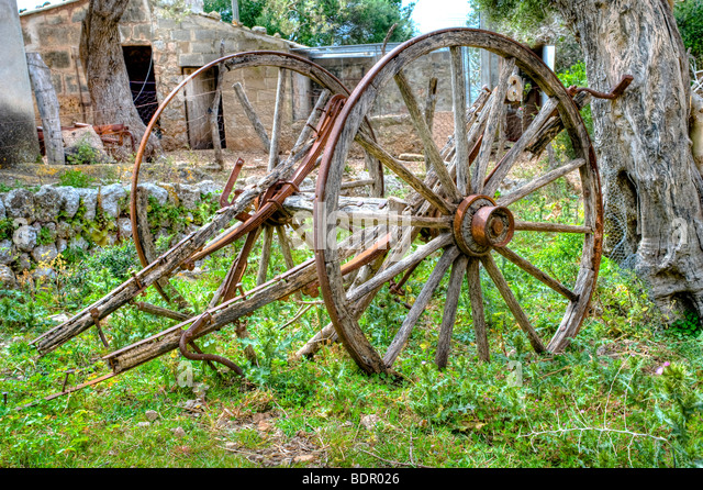The remains of an old fashioned farm cart - Stock Image
